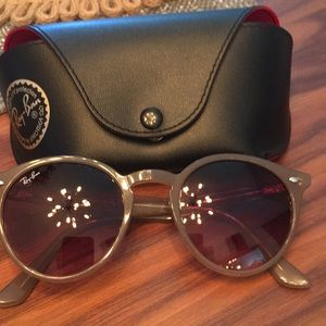 Accessories - Women's raybans